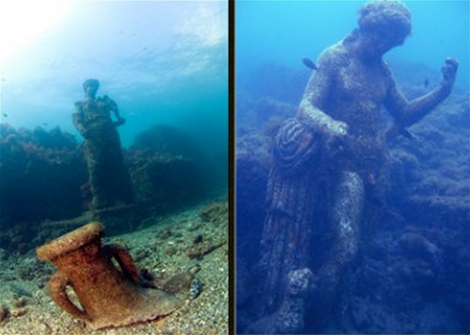 Time Capsule: Sunken Ancient Roman City Of Baiae With All Its Streets Imperial Villas And Statues Baiae11