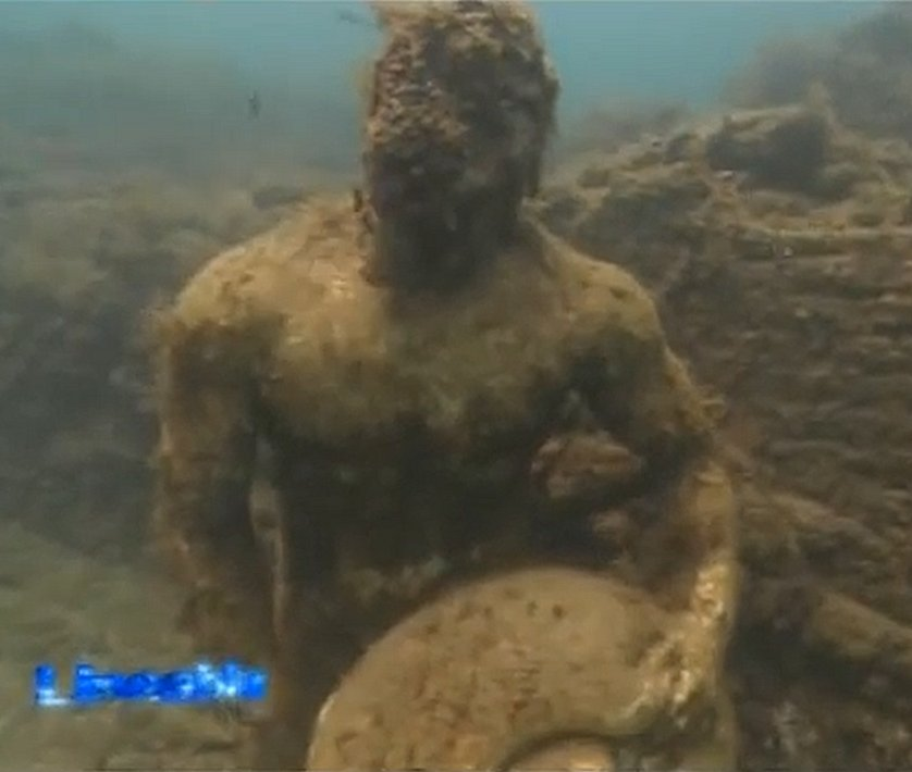Time Capsule: Sunken Ancient Roman City Of Baiae With All Its Streets Imperial Villas And Statues Baiaei10