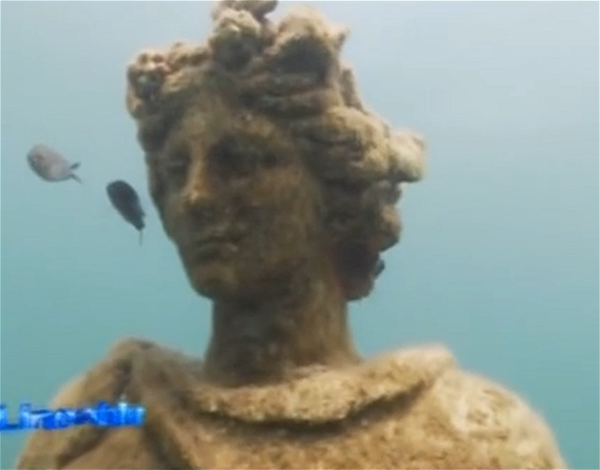 Time Capsule: Sunken Ancient Roman City Of Baiae With All Its Streets Imperial Villas And Statues Baiaeit04