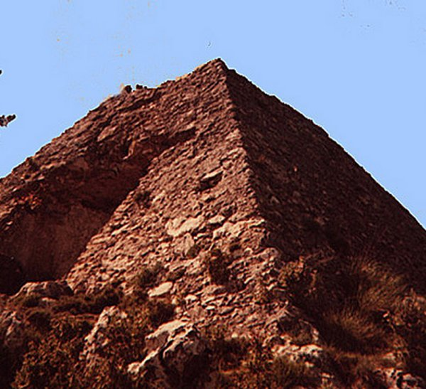 Mysterious Ancient Falicon Pyramid And Its Complex Obscure History Faliconpyr01