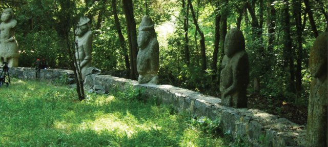 "Striking Ancient ""Stone Idols"" - The Forgotten Polovtsian Statues Of Eastern Europe Statueseaseurope3"
