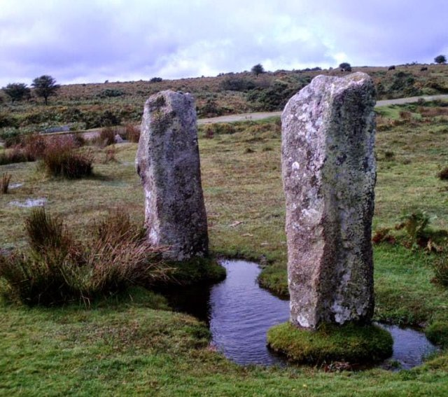 Star-Aligned Megaliths And Their Significance To People In Prehistoric Europe Staralignedmegaliths01