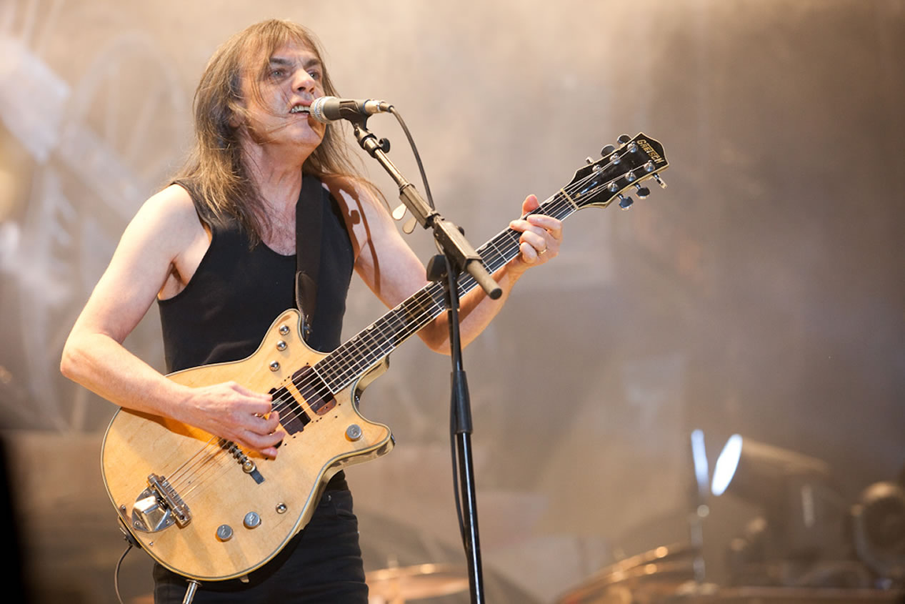Malcolm Young 1953-2017 Malcolm-Young