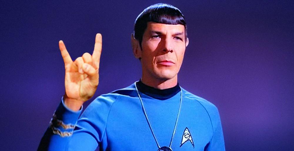 Anniversaires. Spock-horns-1000x515