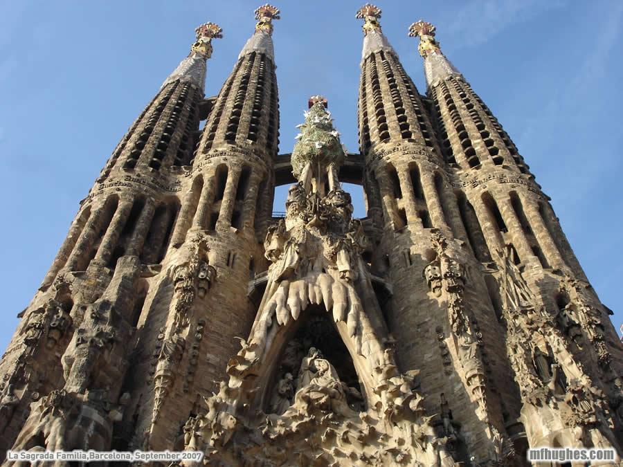 Gaudijeva arhitektura La_sagrada_familia_13