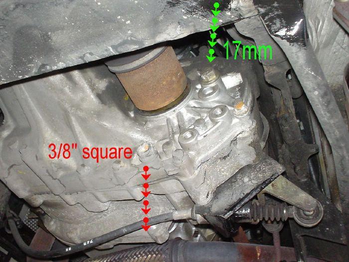 sostituire olio cambio Elise rover DSC00602