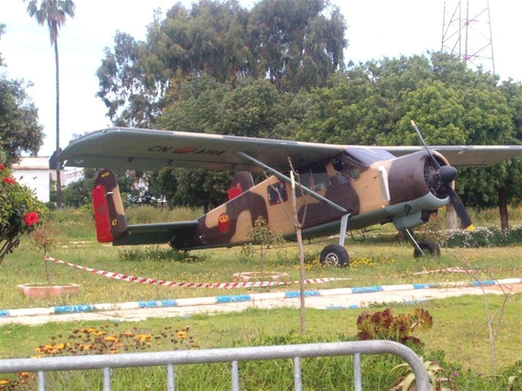 FRA: Photos anciens avions des FRA - Page 11 Mh1521_047m_cn_aha_exposition_statique_a_casablanca_maroc_bnaf