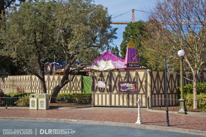 [Disneyland Park] Nouveautés à Fantasyland: Fantasy Faire (12 mars 2013) et Mickey and the Magical Map (25 mai 2013) - Page 3 02-04-13-IMG_6666