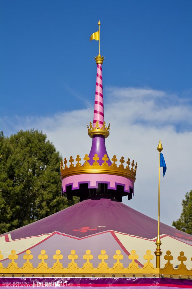 [Disneyland Park] Nouveautés à Fantasyland: Fantasy Faire (12 mars 2013) et Mickey and the Magical Map (25 mai 2013) - Page 3 02-18-13-IMG_9375