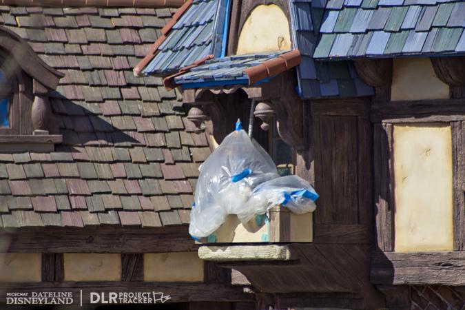 [Disneyland Park] Nouveautés à Fantasyland: Fantasy Faire (12 mars 2013) et Mickey and the Magical Map (25 mai 2013) - Page 3 02-18-13-IMG_9533