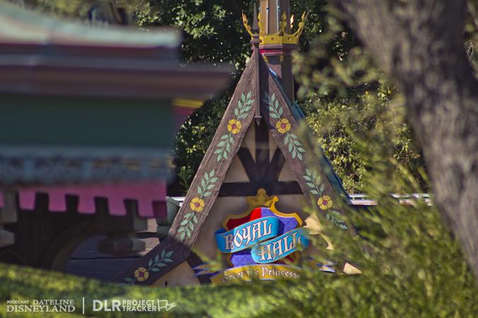 [Disneyland Park] Nouveautés à Fantasyland: Fantasy Faire (12 mars 2013) et Mickey and the Magical Map (25 mai 2013) - Page 3 03-04-13-IMG_2890