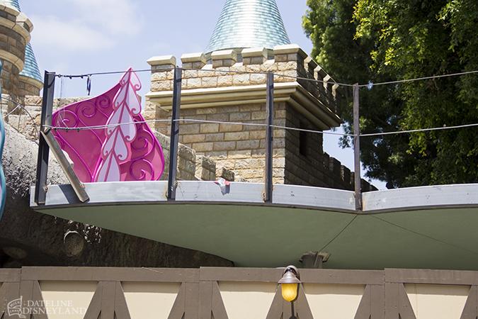 [Disneyland Park] Alice in Wonderland fermée pour mise en conformité (16 juillet au 13 août 2010 et de mi-mars au 04 juillet 2014)  - Page 2 06-09-14-IMG_6630