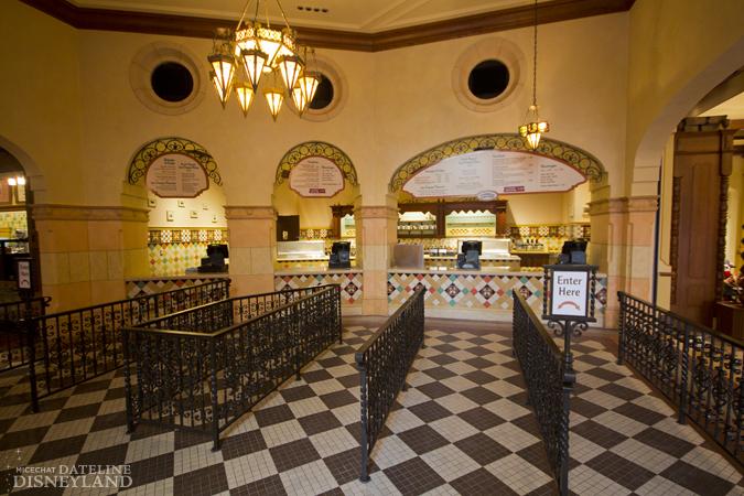[Disney California Adventure] Placemaking: Pixar Pier, Buena Vista Street, Hollywood Land, Condor Flats - Page 17 06-11-12-IMG_2855