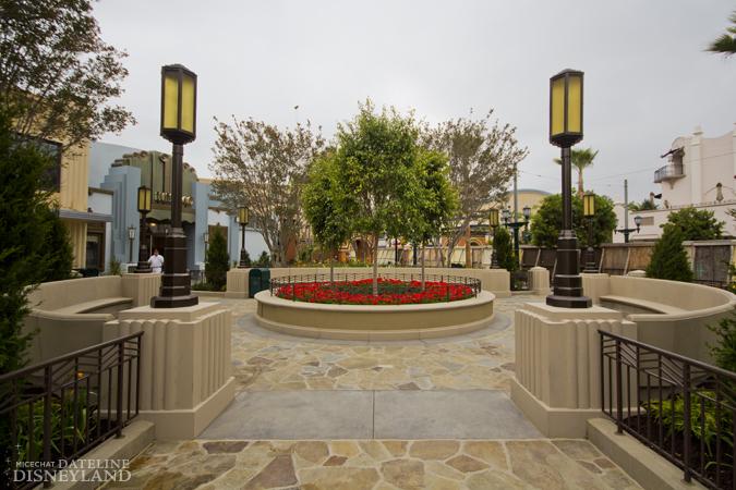 [Disney California Adventure] Placemaking: Pixar Pier, Buena Vista Street, Hollywood Land, Condor Flats - Page 17 06-11-12-IMG_3011