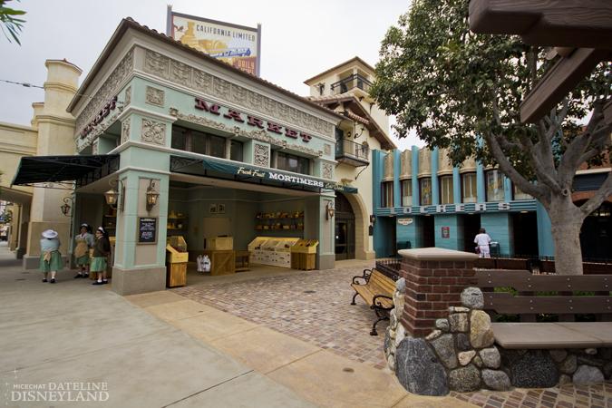 [Disney California Adventure] Placemaking: Pixar Pier, Buena Vista Street, Hollywood Land, Condor Flats - Page 17 06-11-12-IMG_3371