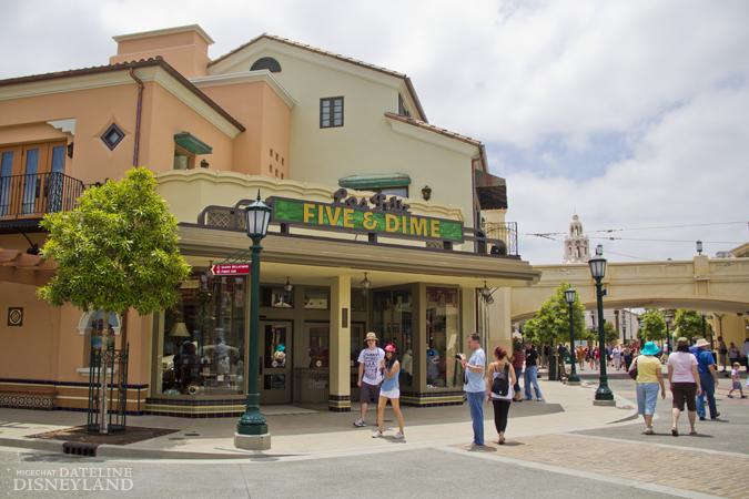 [Disney California Adventure] Placemaking: Pixar Pier, Buena Vista Street, Hollywood Land, Condor Flats - Page 17 06-11-12-IMG_4852