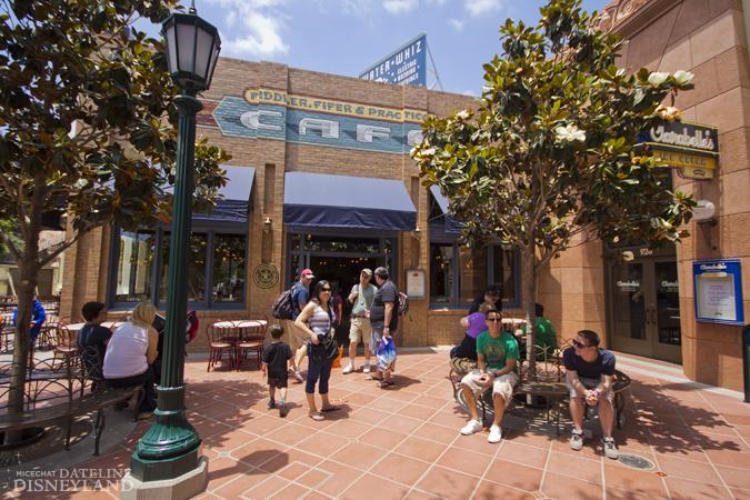 [Disney California Adventure] Placemaking: Pixar Pier, Buena Vista Street, Hollywood Land, Condor Flats - Page 17 06-11-12-IMG_4928
