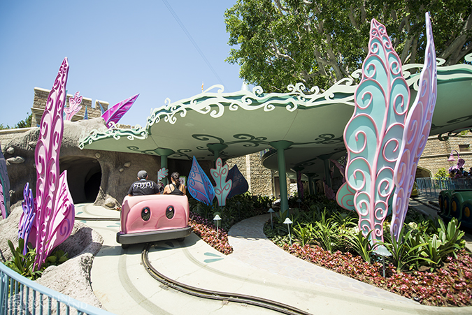 [Disneyland Park] Alice in Wonderland fermée pour mise en conformité (16 juillet au 13 août 2010 et de mi-mars au 04 juillet 2014)  - Page 3 07-07-14-DSC_7830