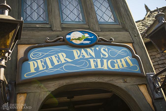 [Disneyland Park] Peter Pan's Flight (réouverture le 1er juillet 2015) 10-27-14-DSC_6983