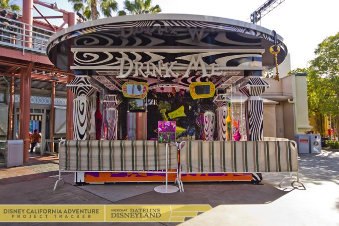 [Disney California Adventure] Mad T Party (officiellement à partir du 15 juin 2012 mais dès les 25 mai 2012) 2302IMG_3359