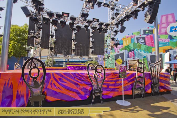 [Disney California Adventure] Mad T Party (officiellement à partir du 15 juin 2012 mais dès les 25 mai 2012) IMG_0550