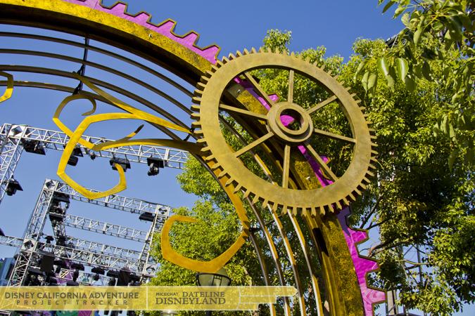 [Disney California Adventure] Mad T Party (officiellement à partir du 15 juin 2012 mais dès les 25 mai 2012) IMG_3294