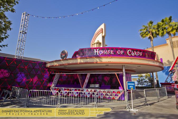 [Disney California Adventure] Mad T Party (officiellement à partir du 15 juin 2012 mais dès les 25 mai 2012) IMG_3473