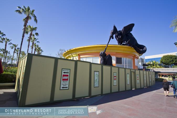 [Walt Disney World et Disneyland Resorts] Ouverture des nouveaux Lego Imagination Centers (2011 et 2012) IMG_5384