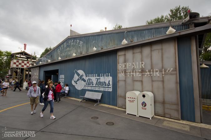 [Disney California Adventure] Placemaking: Pixar Pier, Buena Vista Street, Hollywood Land, Condor Flats - Page 16 IMG_6843