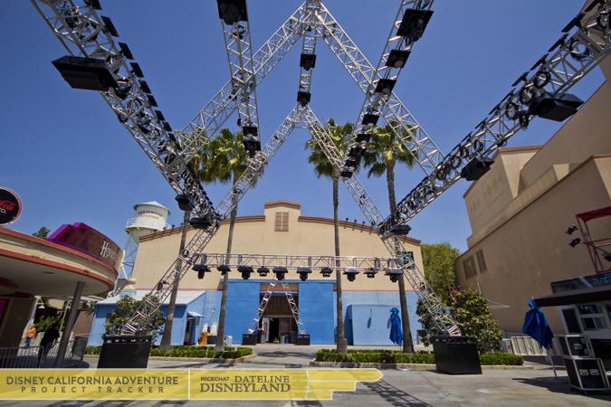[Disney California Adventure] Mad T Party (officiellement à partir du 15 juin 2012 mais dès les 25 mai 2012) IMG_8772