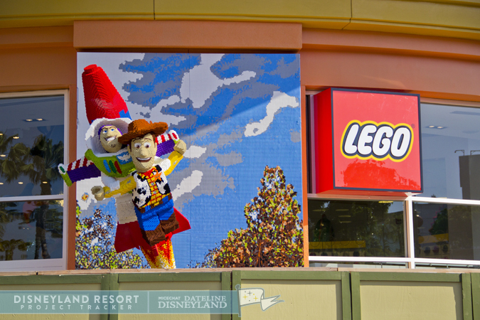 [Walt Disney World et Disneyland Resorts] Ouverture des nouveaux Lego Imagination Centers (2011 et 2012) IMG_9562