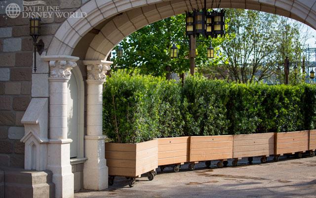 """[Magic Kingdom] New Fantasyland - Castle Courtyard, le """"vieux"""" Fantasyland (2012) DatelineDisneyWorld1010-IMG_5424"""