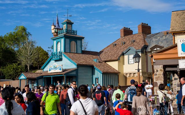 """[Magic Kingdom] New Fantasyland - Castle Courtyard, le """"vieux"""" Fantasyland (2012) DatelineDisneyWorld1226-IMG_8708"""