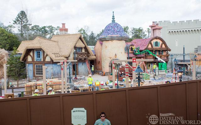 """[Magic Kingdom] New Fantasyland - Castle Courtyard, le """"vieux"""" Fantasyland (2012) DatelineDisneyWorld2132013-IMG_9890"""
