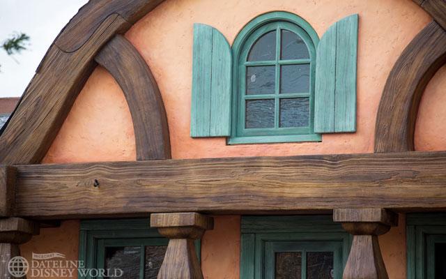 """[Magic Kingdom] New Fantasyland - Castle Courtyard, le """"vieux"""" Fantasyland (2012) DatelineDisneyWorldJanuary92013-IMG_9162"""