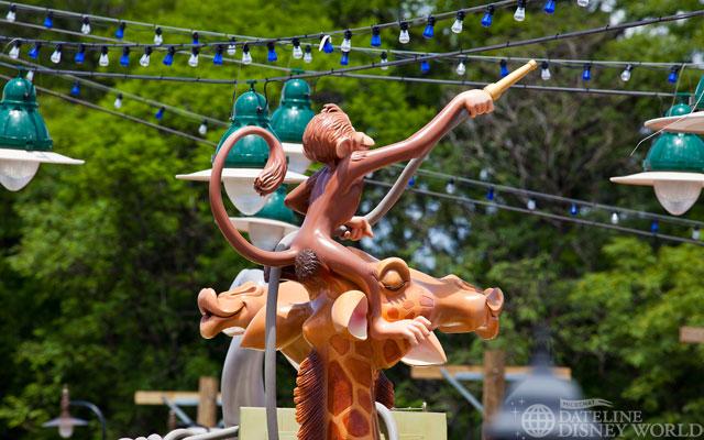 [Magic Kingdom] New Fantasyland - Storybook Circus (mars 2012) - Page 2 IMG_6011