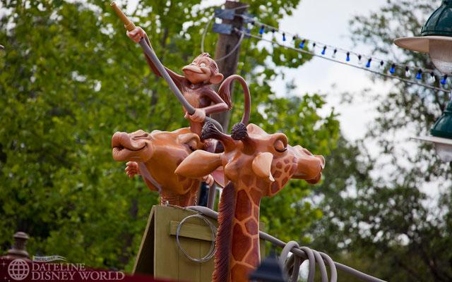 [Magic Kingdom] New Fantasyland - Storybook Circus (mars 2012) - Page 2 IMG_6015