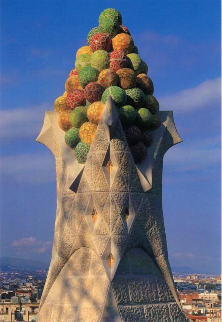 Gaudijeva arhitektura - Page 3 _smgaudi11