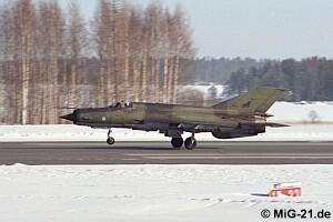 المقاتلة العجوز mig 21  واسطورتها وتاريخها حول العالم ^_^ Kuopio98_9