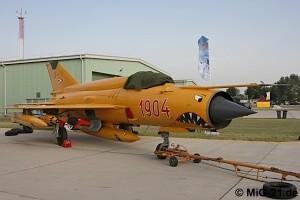 المقاتلة العجوز mig 21  واسطورتها وتاريخها حول العالم ^_^ Mig-21de_img_a1038