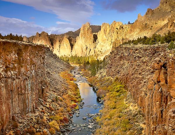 Najlepši nacionalni parkovi sveta Pinnacles-of-Light