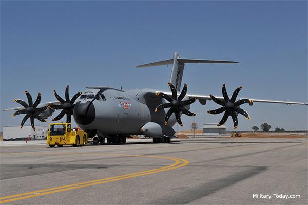 كيف تحب أن يتطور جيش بلادك  Airbus_a400m