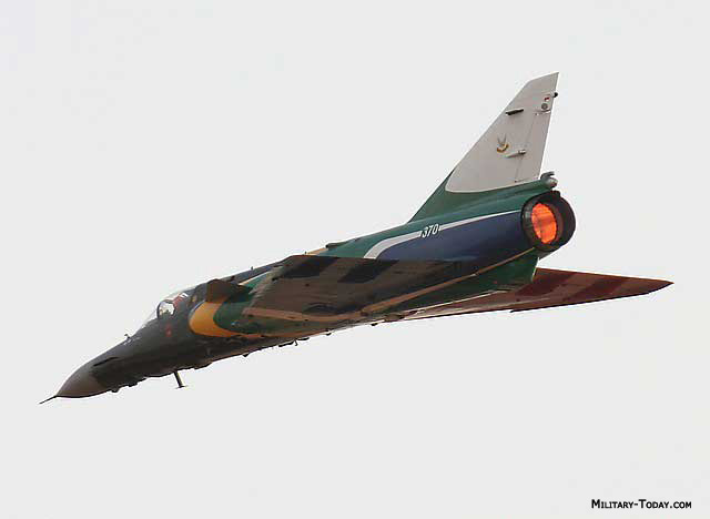 اسلحه من جنوب افريقيا ! Atlas_cheetah_l1
