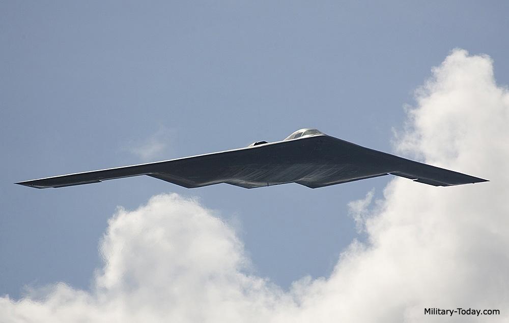 الخفافيش السوداء Northrop Grumman B-2 Spirit B2_spirit_l2