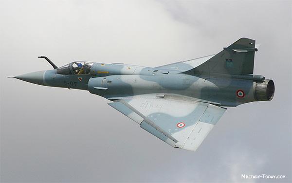 مسابقة الأسئلة العسكرية 2013. إدخل و فوز بجوائز! - صفحة 2 Dassault_mirage_2000bc