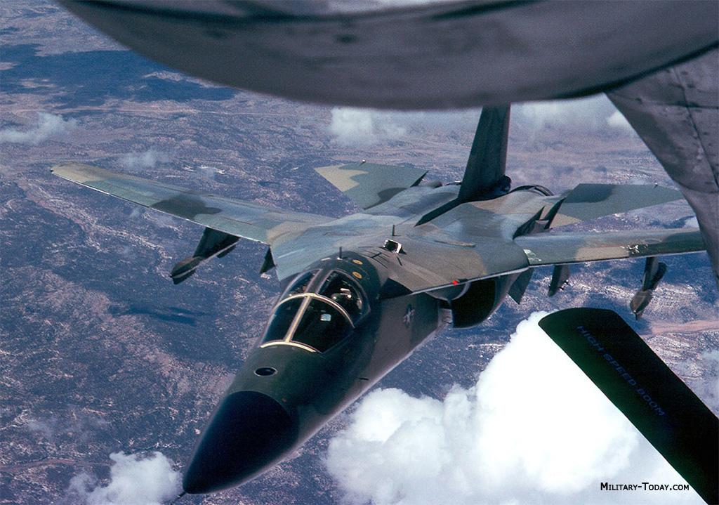 General Dynamics F-111 Aardvark F_111_aardvark_l8