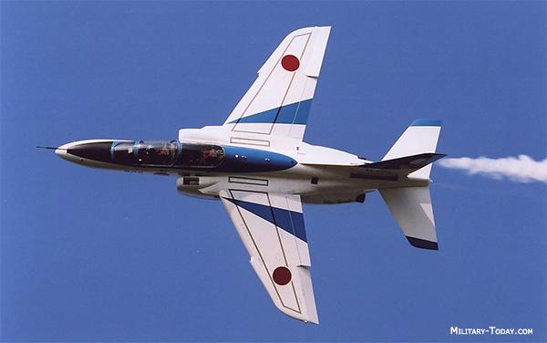 الصناعة العسكرية اليابانية,,,ماذا بعد؟! - صفحة 2 Kawasaki_t4