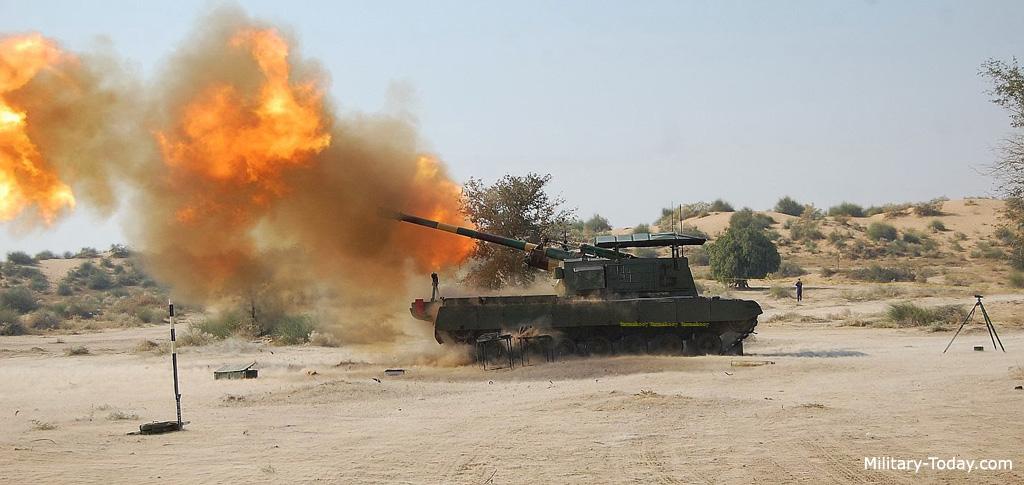 مدفعية المنجنيق 130 ملم Arjun_catapult_l4