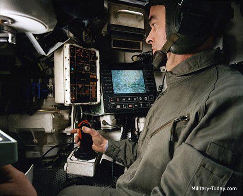 systèmes d'artilleries autotractés et autopropulsés F1_gct_l10