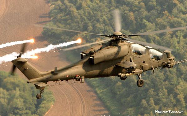 Hélicoptères de combats A129_mangusta